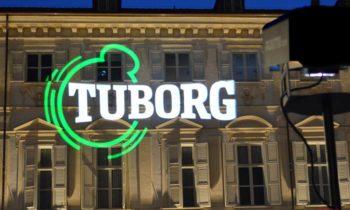Proiezione logo Tuborg