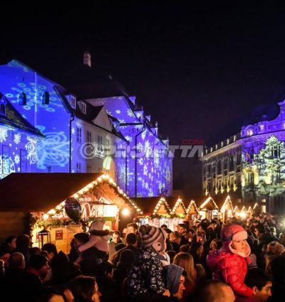 Proiettori di Natale per mercatini ed eventi