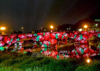 Scenografia di proiezioni sul ponte di San Mauro Torinese